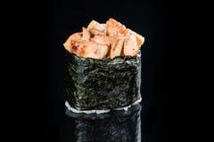 日本烹调 开胃Gunkan辣Unagi卷用米, 免版税库存图片