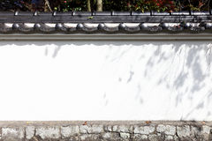 日本白色墙壁 库存图片