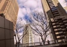 日本的建筑学 摩天大楼东京 免版税库存图片