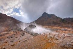 日本硫磺火山 库存照片