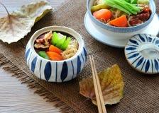日本肉和土豆炖煮的食物(Nikujaga) 免版税图库摄影
