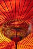 日本遮阳伞红色 库存照片