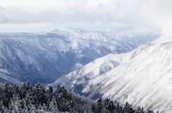 日本阿尔卑斯峰顶  库存照片