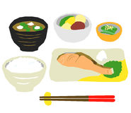 日本食物晚餐,三文鱼 免版税图库摄影
