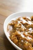 日本食物油煎了猪肉与木样式(Kats的tongkatsu咖喱 图库摄影