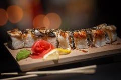 日本食物 在一个木板的开胃寿司 免版税图库摄影