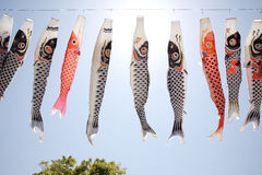 日本鲤鱼风筝飘带 库存照片