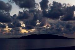 日落从山到海在黑山 免版税库存照片