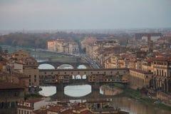 日落光的佛罗伦萨 Ponte Vecchio 托斯卡纳 意大利 免版税库存照片