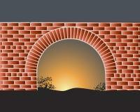 日落光芒的古老堡垒  城堡的石墙由落日点燃