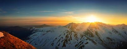 日落全景在西部tatra山的 免版税库存照片