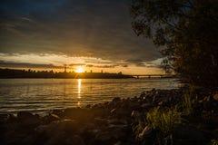 日落全景在Dnieper的 免版税图库摄影