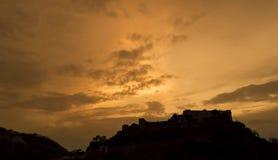 日落剪影, Kumbhalgarh堡垒,拉贾斯坦 免版税库存图片