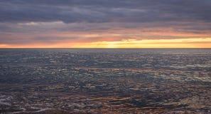 日落反射在海洋 图库摄影