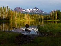 日落反射在Scott湖 免版税库存照片