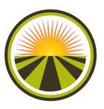 日落和领域商标 免版税库存照片