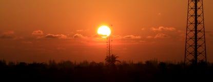 日落在亚齐村庄 免版税图库摄影