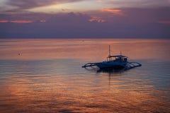 日落在保和省,菲律宾 图库摄影