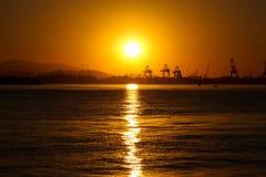 日落在冬日在里约热内卢 免版税库存图片