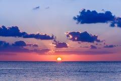 日落在加勒比海 免版税库存照片