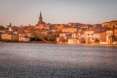 日落在卡斯泰尔诺达里,法国 免版税库存图片