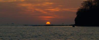 日落在哥斯达黎加 免版税库存图片