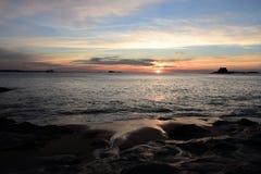 日落在圣马洛湾 免版税图库摄影