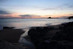 日落在圣马洛湾 库存照片