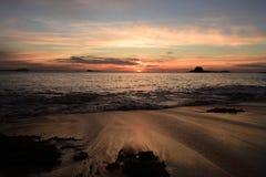 日落在圣马洛湾 库存图片