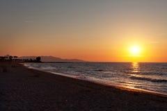 日落在地中海 库存照片