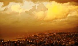 日落在城市 免版税图库摄影