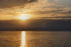 日落在太平洋 菲律宾 免版税库存照片