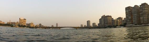 日落在尼罗的开罗 免版税库存照片