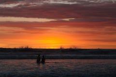 日落在巴厘岛印度尼西亚 免版税库存照片