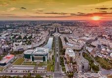 日落在布加勒斯特,罗马尼亚 免版税库存图片