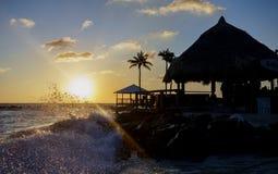 日落在库拉索岛 免版税库存照片
