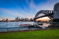 日落在悉尼港口,澳大利亚 免版税库存照片