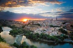 日落在托莱多,卡斯提尔La Mancha,西班牙 免版税库存照片