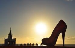 日落在有鞋子剪影的特内里费岛 免版税图库摄影