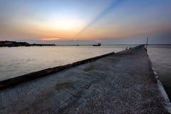 日落在海 免版税库存图片