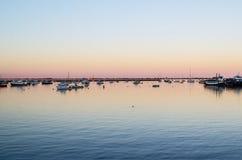 日落在港口/港口 库存图片