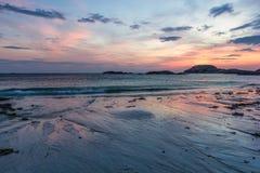 日落在爱奥那岛 库存图片
