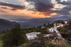 日落在特尔斐,希腊 免版税库存图片