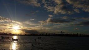 日落在班达亚齐 免版税库存图片