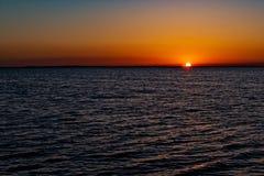 日落在离基拉戈的附近海岸  图库摄影