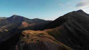 日落在秋天乔治亚自然山里奇和峡谷  股票录像