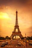 日落在艾菲尔铁塔 免版税图库摄影