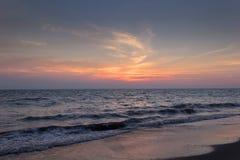 日落在巴亚尔塔港 免版税库存照片