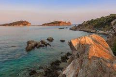 日落在Ammouliani海岛,希腊 免版税图库摄影