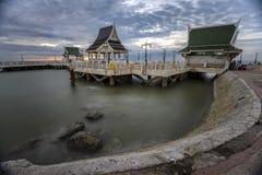 日落在Bangsaen的观点 库存图片